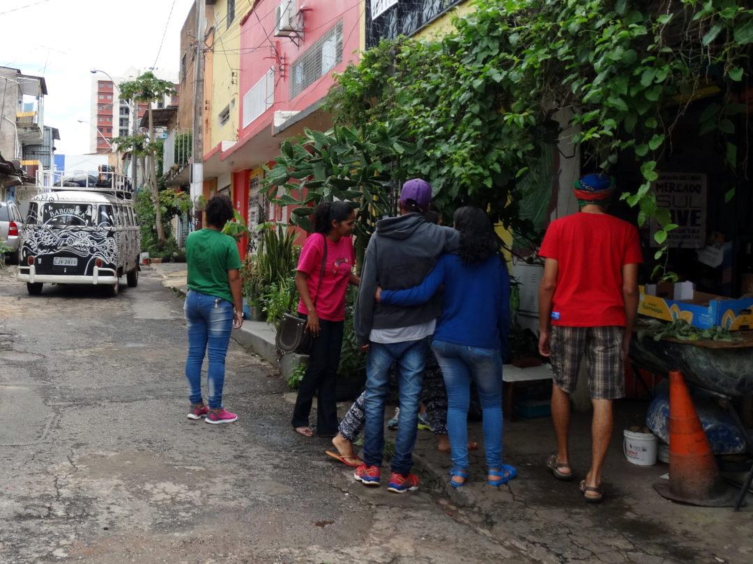 Direito à Cidade: Projeto OCA e Coletivo da Cidade visitam Mercado Sul Vive